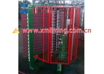 Smooth curving machine for corrugated profile